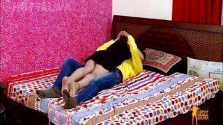 Urdu Çiftin Aşk Dolu Seksi